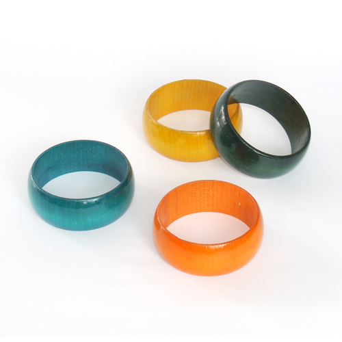 Wooden lacquered bracelets B004